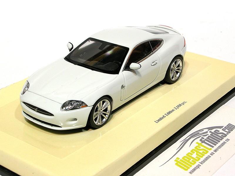 Jaguar XK Coupe White