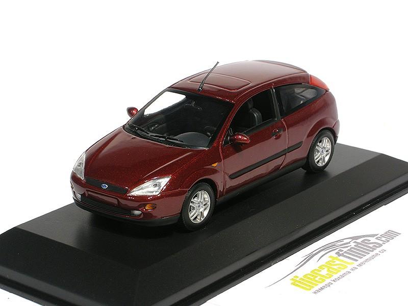 Ford Focus 3-door Red Mtallic