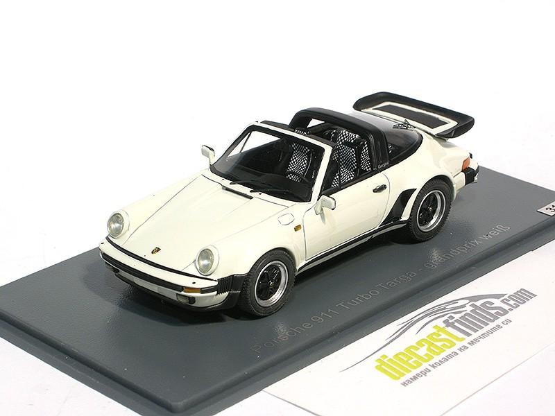 Porsche 911 Turbo Targa Grandprix White 31 of 99pcs.
