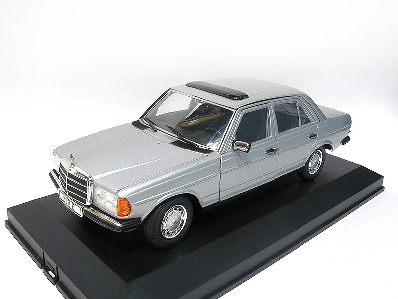 Mercedes-Benz 230E W123 Silver Metallic